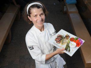 Pro BBQ Plate Winner: Edie Robertson